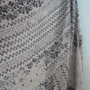 J. Jill Accessories - J. Jill black and white triangle scarf